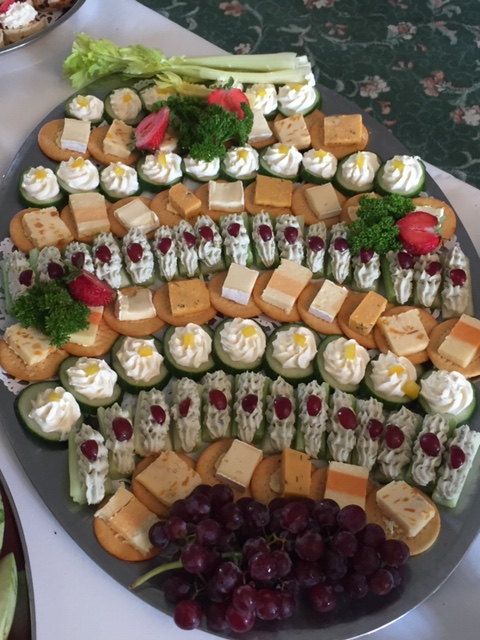finger food and grapes